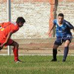 Deportivo Urdinarrain visita a Central Larroque en la primera final del Clausura