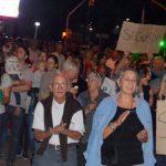 Urdinarrain: Vecinos auto convocados marcharon en contra de los robos y pidieron seguridad