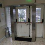 """La residencia para abuelos """"El Priu"""" adquirió una cabina de desinfección"""