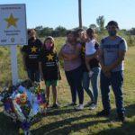 Pintaron una estrella amarilla en memoria del joven Gabriel Escalante en Gilbert