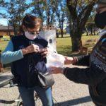 Concejales entregaron escarapelas en el día de la Escarapela Nacional