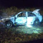 Un auto fue devorado por el fuego en Ruta Provincial № 20